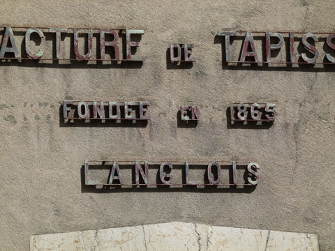'Manufacture de Tapisseries' signage found in Blois, France. Photograph © Justin Knopp 2012