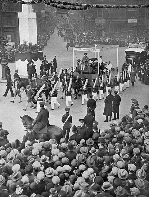 'Soldiers of Lead' forming part of the Lord Mayor's Parade in 1928